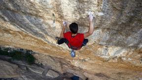 Perfecto Mundo | Stefano Ghisolfi climbs 9B+