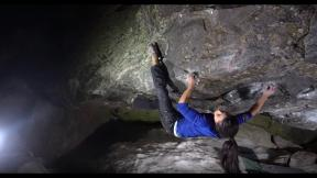 Uncut: Nina Williams - The Shining (V13/8B)