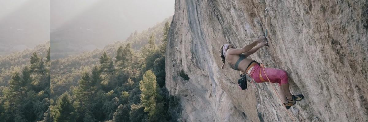 Sasha DiGiulian - American Hustle, First Female Ascent - 5.14b(8c)