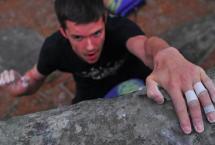 Bouldering a Fontainebleu